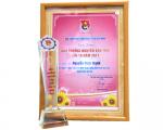 Bí thư Chi đoàn SAPUWA vinh dự đón nhận giải thưởng Nguyễn Văn Trỗi năm 2017
