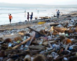 CONSUMERS AND INDUSTRY PLAY VITAL PARTS IN KEEPING WASTE OUT OF OCEANS