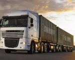 Kinh nghiệm lái xe tải vận chuyển an toàn ngày bão