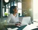 7 Tips for Thinking Positively at Work