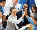 Xây dựng mối quan hệ tốt đẹp với đồng nghiệp lợi đủ đường