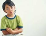 4 bước giúp trẻ vui vẻ nhận lỗi.