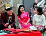 Trong tâm thức người Việt, Tết Nguyên đán là khoảng thời gian thiêng liêng nhất trong năm.